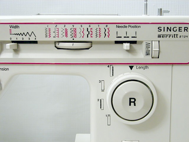 heavy duty singer free arm sewing machine sews upholstery   leather   handbags